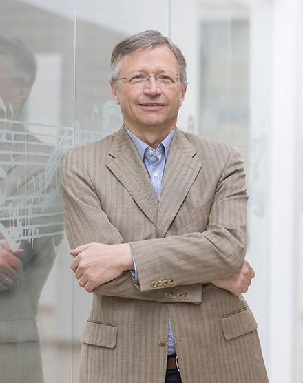 Prof. Franz Josef Stoiber | HfKM Regensburg