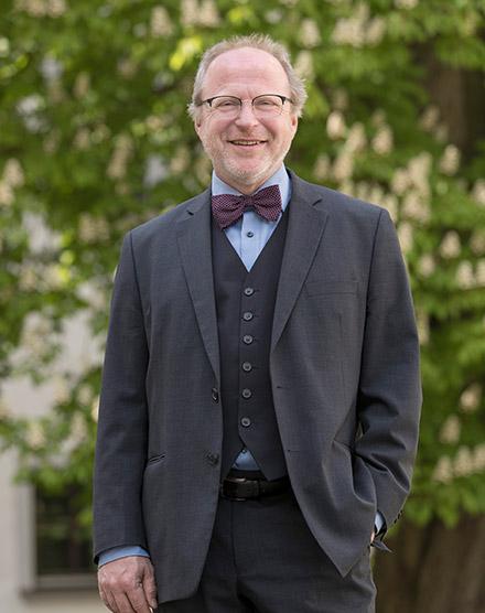 Prof. Stefan Baier